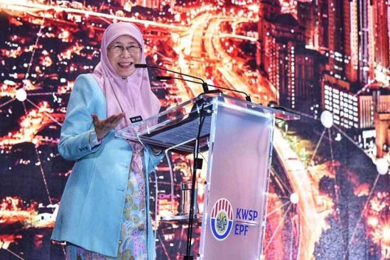 DPM launches first phase of EPF for housewives programme