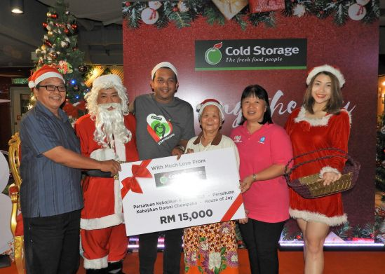 Cold Storage Celebrates with the Less Fortunate this Christmas