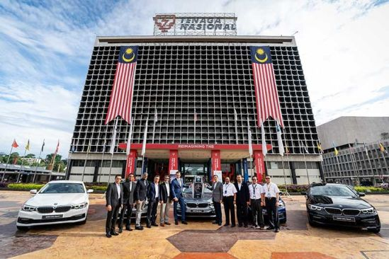 BMW Malaysia delivers a fleet of BMW 530e Sport for CEPSI 2018 to TNB.